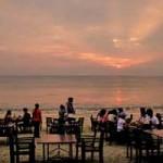 Suasana Sunset di objek wisata Jimbaran Bali
