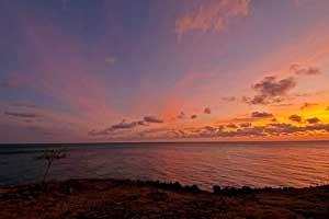 Sunrise - matahari terbit di  pantai Amed Bali