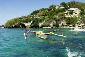 Objek wisata pantai Pulau Nusa Lembongan