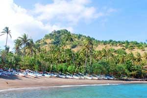 Objek wisata Candidasa Bali