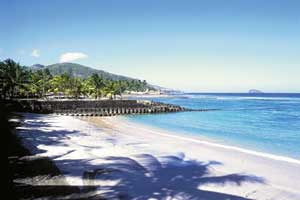 Objek wisata Pantai Candidasa Bali