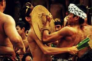 Mekare kare di Tenganan Bali