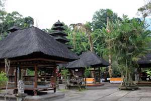 Pura Luhur Batukaru di Tabanan Bali