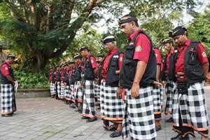 Pecalang - Polisi tradisional Bali