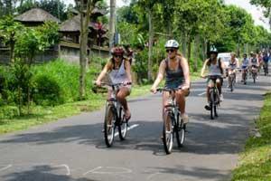 Wisata Naik sepeda di Bali