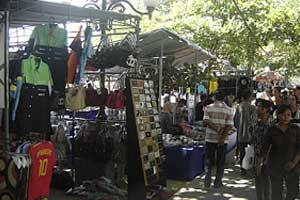 Pasar Majelangu di Kuta