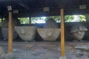 Koleksi museum Gedong Arca
