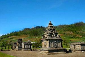 Objek wisata Candi Dieng