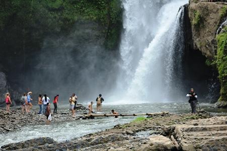 Objek wisata Air terjun Tegenungan